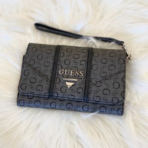 GUESS Signature Wallet